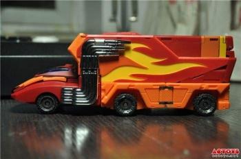 [DX9 Toys] Produit Tiers - Jouet D-06 Carry aka Rodimus et D-06T Terror aka Black Rodimus - Page 2 1jLwgTyB