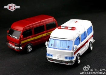 [TFC Toys] Produit Tiers - OS-01 Ironwill (aka Ironhide/Rhino) & OS-03 Medic (aka Ratchet/Mécano) 3PM2SaEM