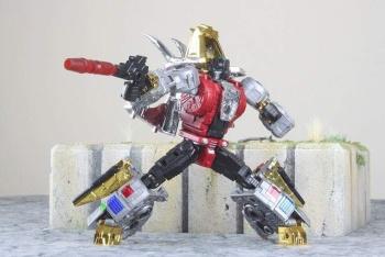 [Toyworld][Zeta Toys] Produit Tiers - Jouet TW-D aka Combiner Dinobots - Page 3 7qU4qgaj