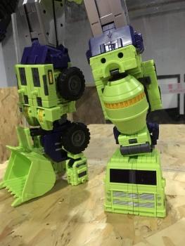 [Toyworld] Produit Tiers - Jouet TW-C Constructor aka Devastator/Dévastateur (Version vert G1 et jaune G2) - Page 6 87BquEp8
