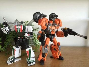 [Warbotron] Produit Tiers - Jouet WB03 aka Computron 8DoAjHbh