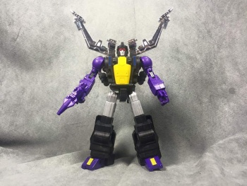 [Fanstoys] Produit Tiers - Jouet FT-12 Grenadier / FT-13 Mercenary / FT-14 Forager - aka Insecticons - Page 3 FDkZ3IkT