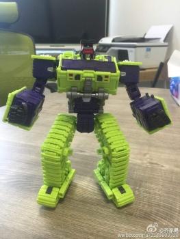 [Toyworld] Produit Tiers - Jouet TW-C Constructor aka Devastator/Dévastateur (Version vert G1 et jaune G2) - Page 2 H2cA2q2Z