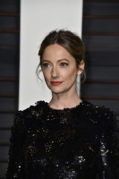 """Judy Greer """"2015 Vanity Fair Oscar Party hosted by Graydon Carter at Wallis Annenberg Center for the Performing Arts in Beverly Hills"""" (22.02.2015) 31x I0ECL8lq"""