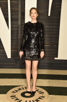 """Judy Greer """"2015 Vanity Fair Oscar Party hosted by Graydon Carter at Wallis Annenberg Center for the Performing Arts in Beverly Hills"""" (22.02.2015) 31x JOdYsqxJ"""