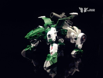 [FansProject] Produit Tiers - Jouet Saurus Ryu-oh aka Dinoking (Victory) | Monstructor (USA) - Page 2 S1k8ZzwL