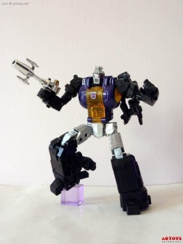 [Fanstoys] Produit Tiers - Jouet FT-12 Grenadier / FT-13 Mercenary / FT-14 Forager - aka Insecticons - Page 2 XMRgBUuq