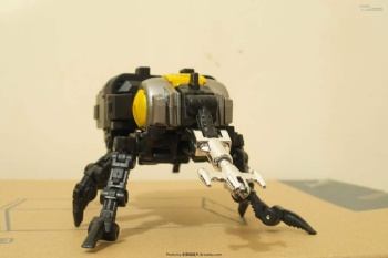 [Fanstoys] Produit Tiers - Jouet FT-12 Grenadier / FT-13 Mercenary / FT-14 Forager - aka Insecticons - Page 2 ARdOlf5t