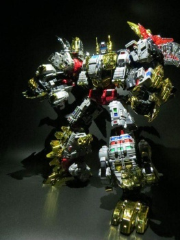 [Toyworld][Zeta Toys] Produit Tiers - Jouet TW-D aka Combiner Dinobots - Page 2 BV1yHIkY