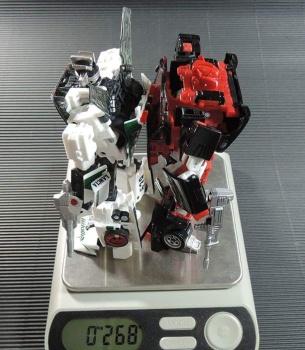 [BadCube] Produit Tiers - Minibots MP - Gamme OTS - Page 3 D1OGQCkO