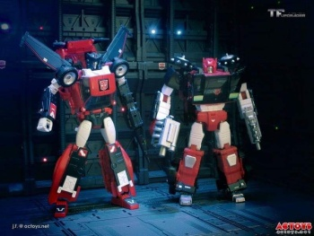 [Masterpiece] MP-25L LoudPedal (Noir) + MP-26 Road Rage (Rouge) ― aka Tracks/Le Sillage Diaclone - Page 2 EipfG8wX