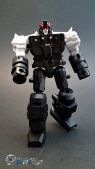 [DX9 Toys] Produit Tiers - Jouet D-06 Carry aka Rodimus et D-06T Terror aka Black Rodimus - Page 2 GA4Tma2L