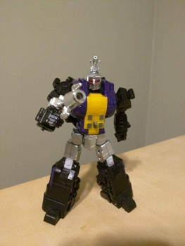 [Fanstoys] Produit Tiers - Jouet FT-12 Grenadier / FT-13 Mercenary / FT-14 Forager - aka Insecticons - Page 2 Lw8JPkYa