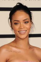Rihanna  57th Annual GRAMMY Awards in LA 08.02.2015 (x79) updatet QMQreVnQ