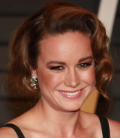 "Brie Larson ""2015 Vanity Fair Oscar Party hosted by Graydon Carter at Wallis Annenberg Center for the Performing Arts in Beverly Hills"" (22.02.2015) 13x SCyxcS4f"
