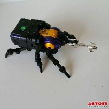 [Fanstoys] Produit Tiers - Jouet FT-12 Grenadier / FT-13 Mercenary / FT-14 Forager - aka Insecticons - Page 2 UgycaiAI