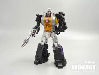 [Fanstoys] Produit Tiers - Jouet FT-12 Grenadier / FT-13 Mercenary / FT-14 Forager - aka Insecticons - Page 2 XlVV6bT8