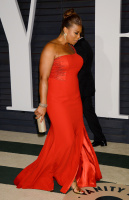 """Queen Latifah """"2015 Vanity Fair Oscar Party hosted by Graydon Carter at Wallis Annenberg Center for the Performing Arts in Beverly Hills"""" (22.02.2015) 23x YT6NmVuk"""