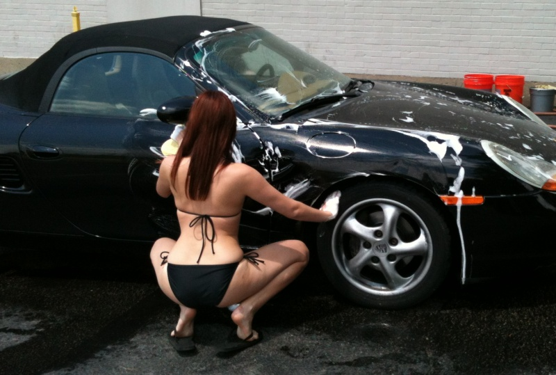 Porsche and Girls - Page 4 16239d1338623476-car-washed-how-does-look-bikini-pics-boxster-washed-01
