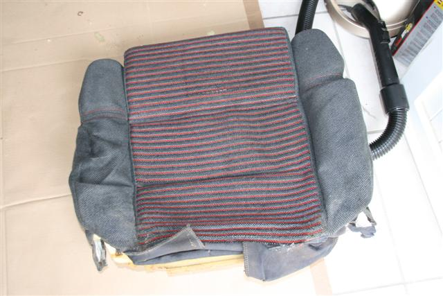 Remplacer la mousse d'assise  IMG_9443