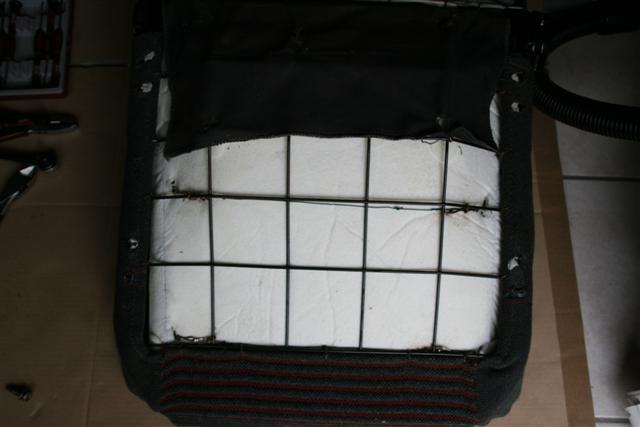 Remplacer la mousse d'assise  IMG_9456