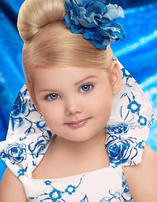 صور ملكة جمال الأطفال وهي تعرض الأزياء Ht_eden_wood_blue_090720_ssv