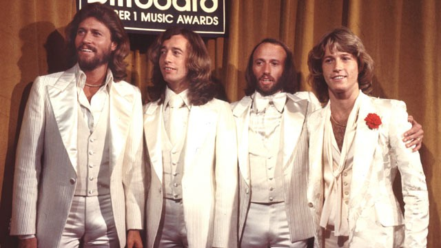 ROCK playlist - Page 2 Gty_bee_gees_andy_gibb_70s_thg_120521_wg