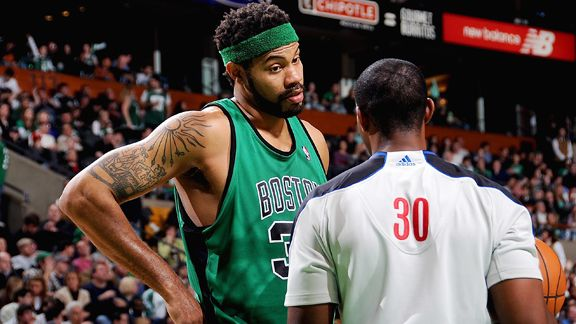 Should Rasheed Wallace be inducted into the Hall Of Fame? Bos_g_wallace01_576