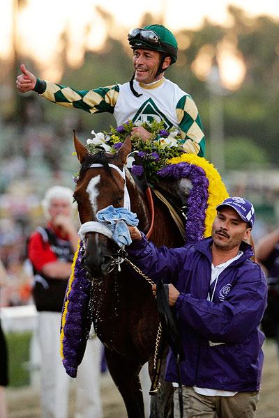 En route vers la Breeders' Cup - Page 10 Horse_a_mucho-macho-man01jr_400