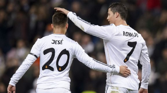 Jose Mourinho: Real Madrid need another striker - Page 2 Soc_g_jese-ronaldo01jr_576x324