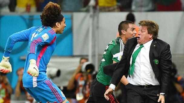 Last 16: Netherlands (1B) vs Mexico (2A) 29.06.14 18:00 - Page 2 Soc_g_herrera01jr_608x342