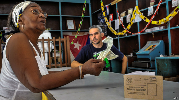 Capitalismo en Cuba, privatizaciones, economía estatal, inversiones de capital internacional. - Página 5 140828121144_cuba_compra_624x351_afp