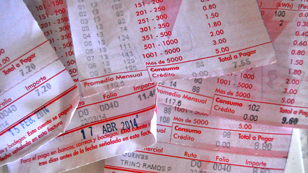 Capitalismo en Cuba, privatizaciones, economía estatal, inversiones de capital internacional. - Página 5 140901164617_factura_624x351_bbcmundo_nocredit