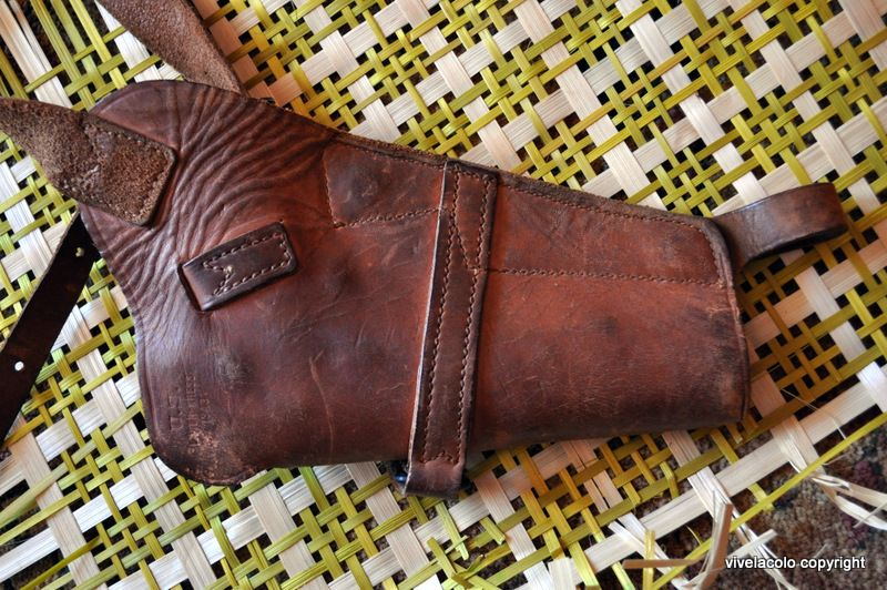 Holster 1911 - Page 2 Dsc0417c