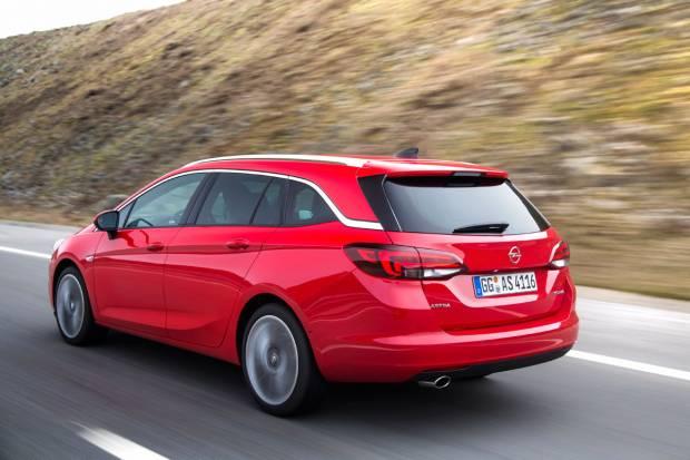 Pruebas astra K Sports Tourer (auto 10, Motorpasion y coches.net) Opel-astra-sports-tourer_fm_84386