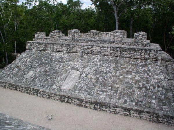 INTRIGUE #21 - SPRINGBREAK   2008-08-Riviera-Maya-375-Coba-Maya