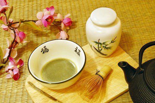 [Traditions] La cérémonie du thé au Japon  Ceremonie-the-japonaise-id288