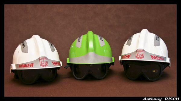 Evolution du casque de pompier FR 1812-2015 - Page 2 SP-4-13_10_201017_34_276159---13102010-17h34
