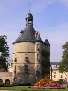 Des joyaux de l'architecture parisienne galvaudés Donjon