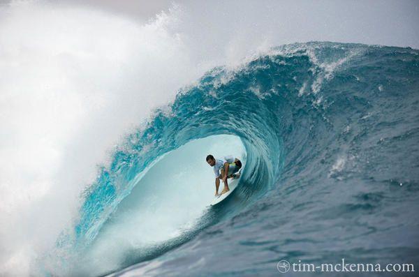 [68] [Alex] [Exar_68] Présentation - Page 4 Billabong-photo-surfeur-accroucpi