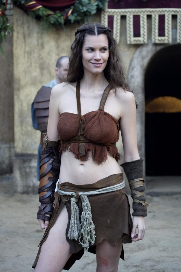 Women Wearing Revealing Warrior Outfits - Page 9 L