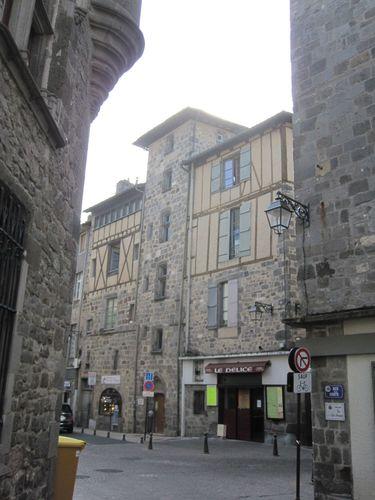 Villes et villages de charme du Cantal Aurillac-1