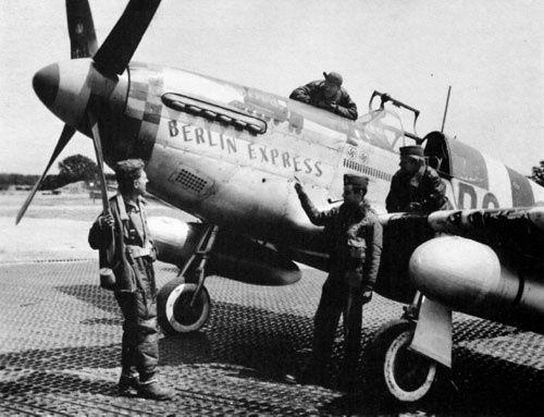 North American P-51 Mustang en quelques mots . 2681075625_ff5afffcda