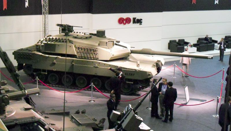 ترسانات الأسلحة للعام 2012 - صفحة 2 Altay-tank