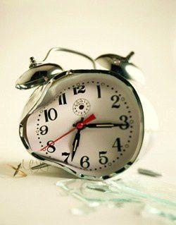 Un acte de foi - Page 4 Broken-clock