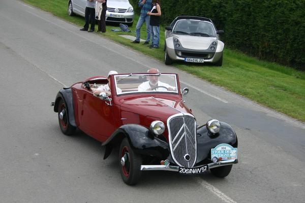 Véhicules de vos rêves 104-Citroen-Traction-11BL-cabriolet-1938-Christian_6826