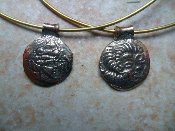 Monnaies armoricaines en pendentifs Monnaiesarmo2