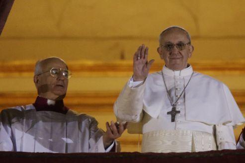 Bergoglio lave les pieds de mahométans E3bd146a-8c15-11e2-8c9c-1c7b4c6a9da2-493x328