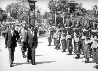 Galinskiy - Comandante Marien Ngouabi, presidente de la República Popular del Congo Senghor