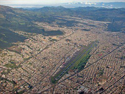 VFR pour les balaises Aeropuerto_Mariscal_Sucre_Quito